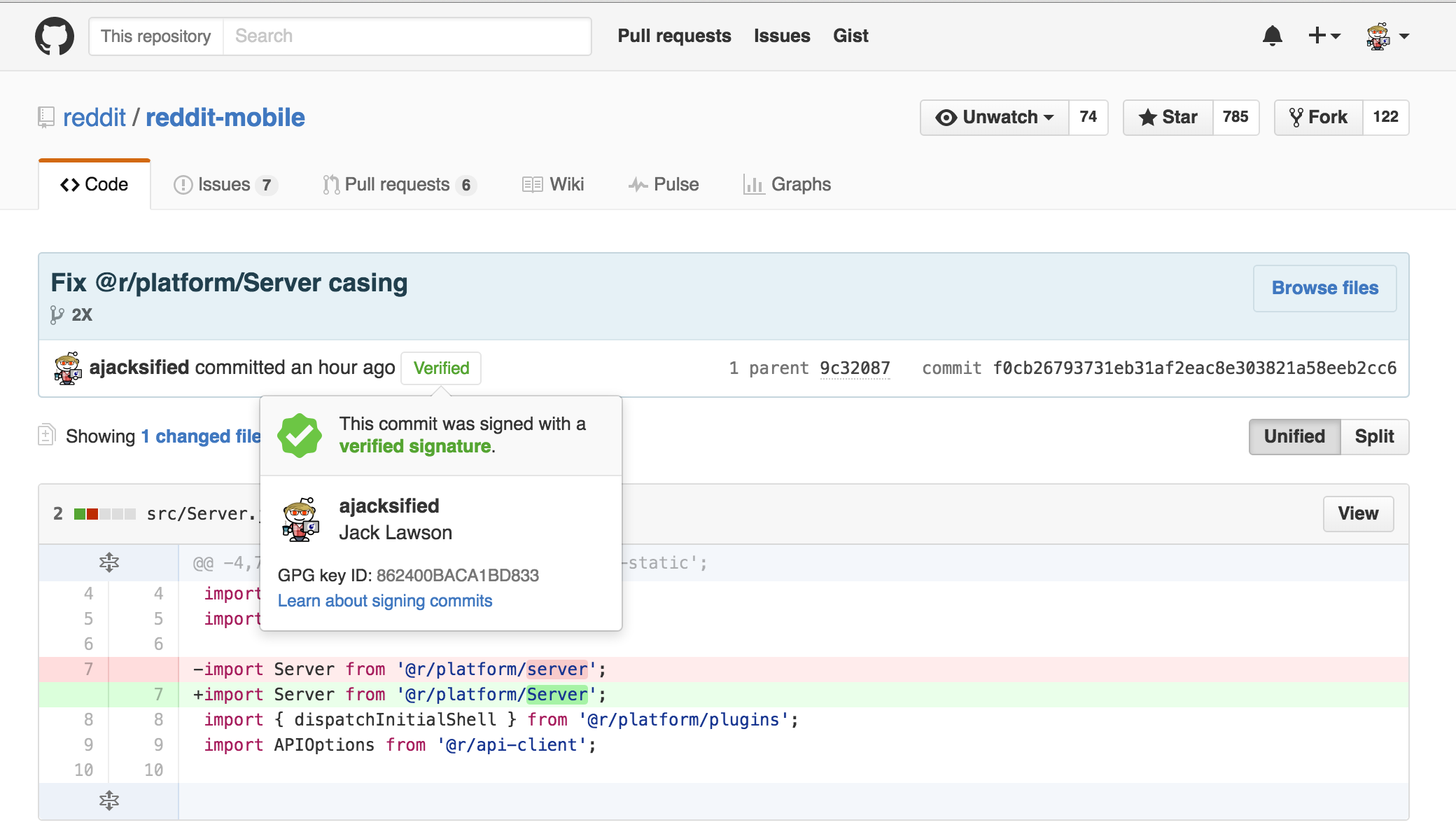 A screenshot of GitHub saying the commit is verified.